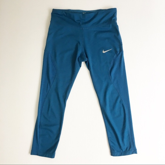 10d53eb727c243 Nike Power Epic Lux Mesh Crop Leggings. M_5b8738bff41452ef76d543dd